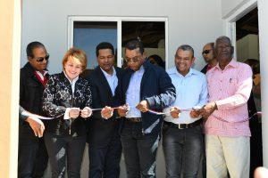 EGEHID y FONPER entregan 136 viviendas económicas en San Juan
