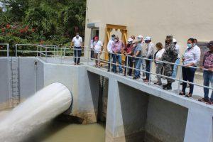 Administrador EGEHID dispone reparación de obras de toma del canal Ysura en Azua