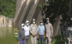 EGEHID y la Armada Dominicana buscan solución a problema de sedimentación presa de Valdesia