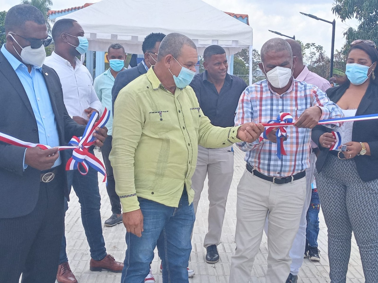 EGEHID construye parque en la comunidad El Batey de San Juan
