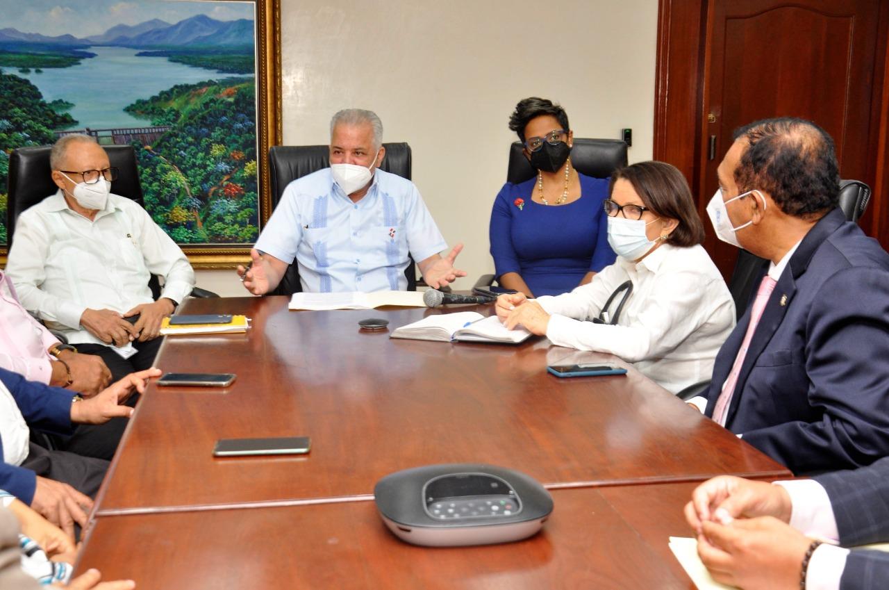 EGEHID firma acuerdo para viabilizar construcción de la presa sobre el río Guayubín