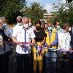 Egehid entrega camino peatonal en estadio de béisbol de Yaguate